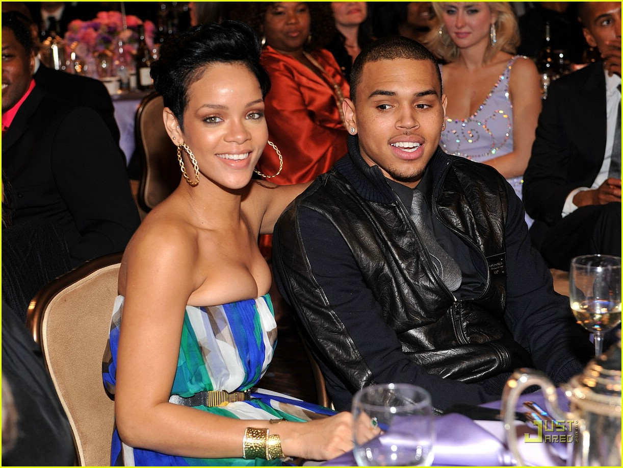 rihanna chris brown grammys 351709621