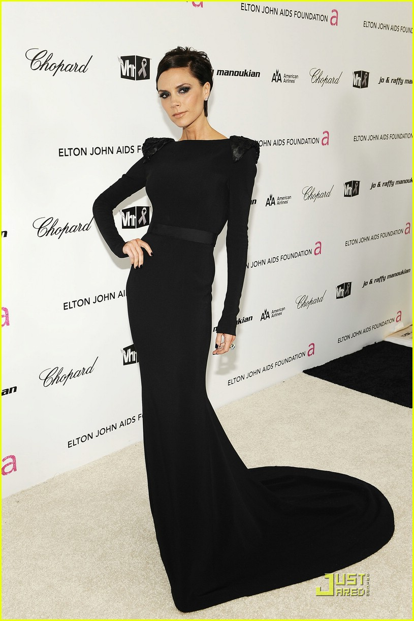 victoria beckham elton john aids foundation 02