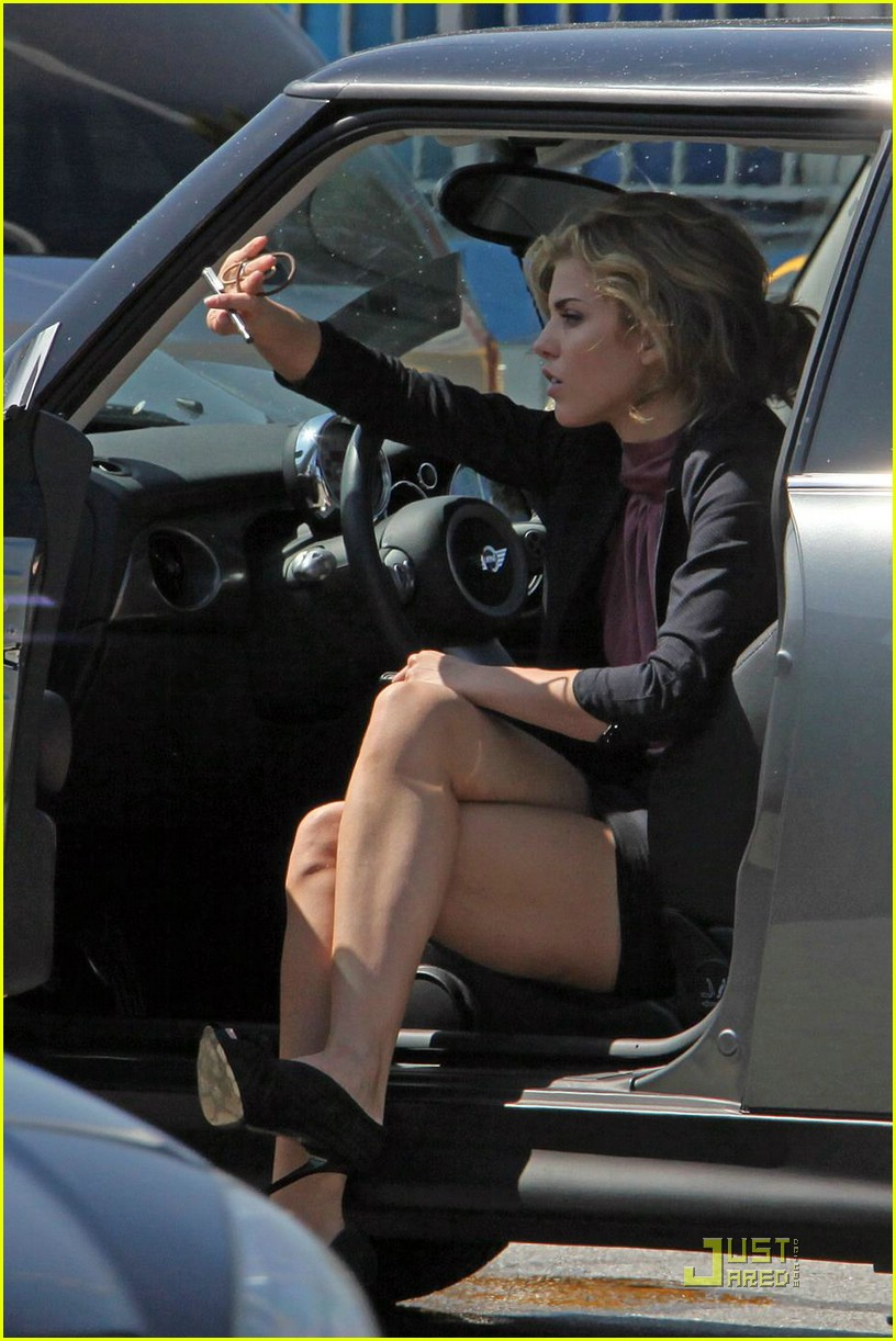 AnnaLynne McCord Involved In Car Crash