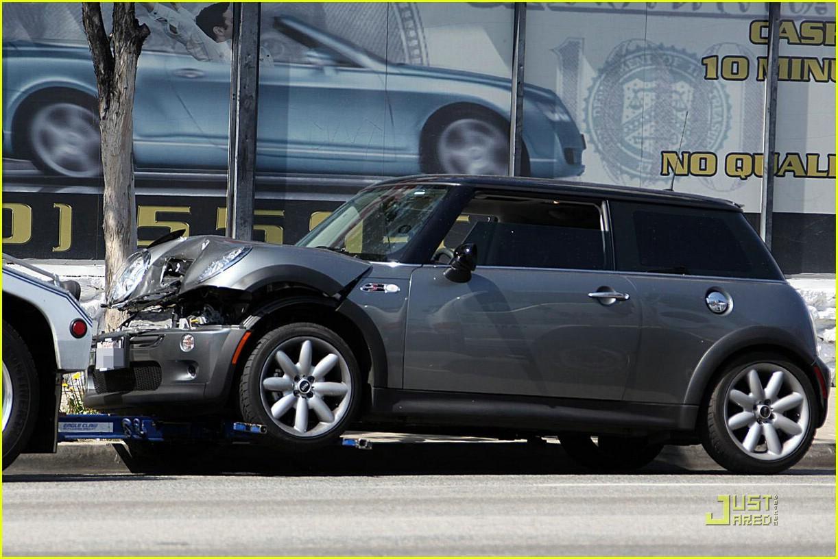 annalynne mccord car accident 06