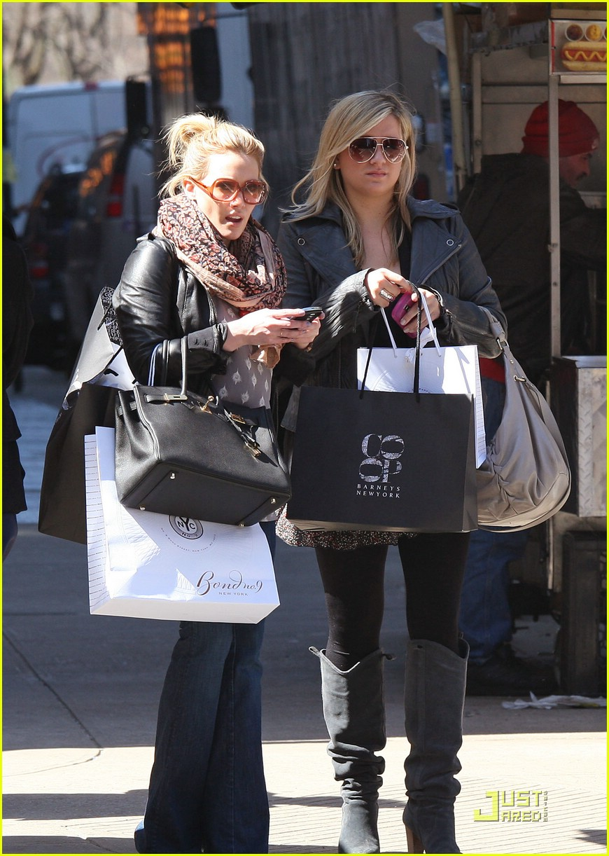 hilary duff barneys 041824731