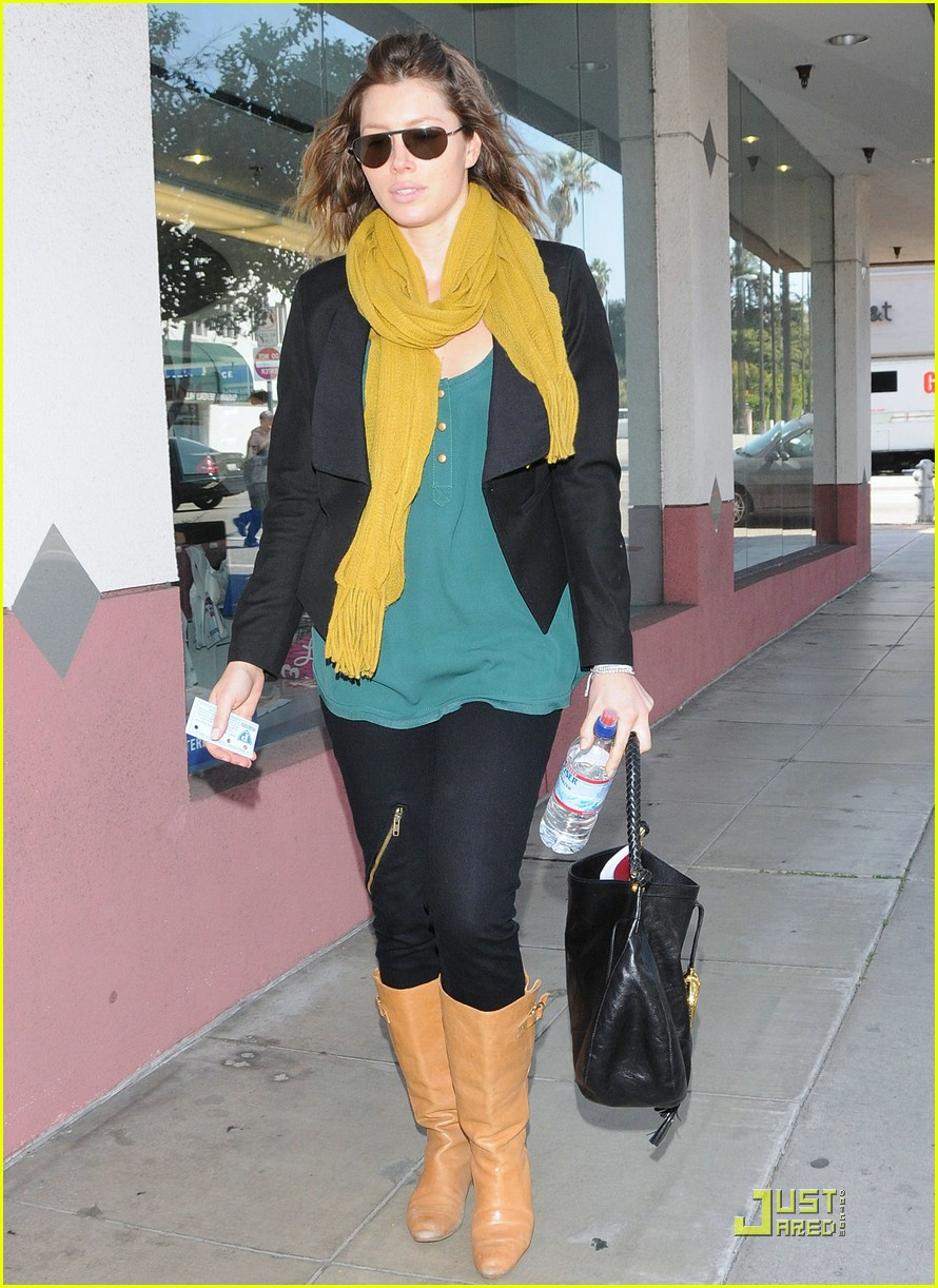 jessica biel beverly hills lunch 101823711