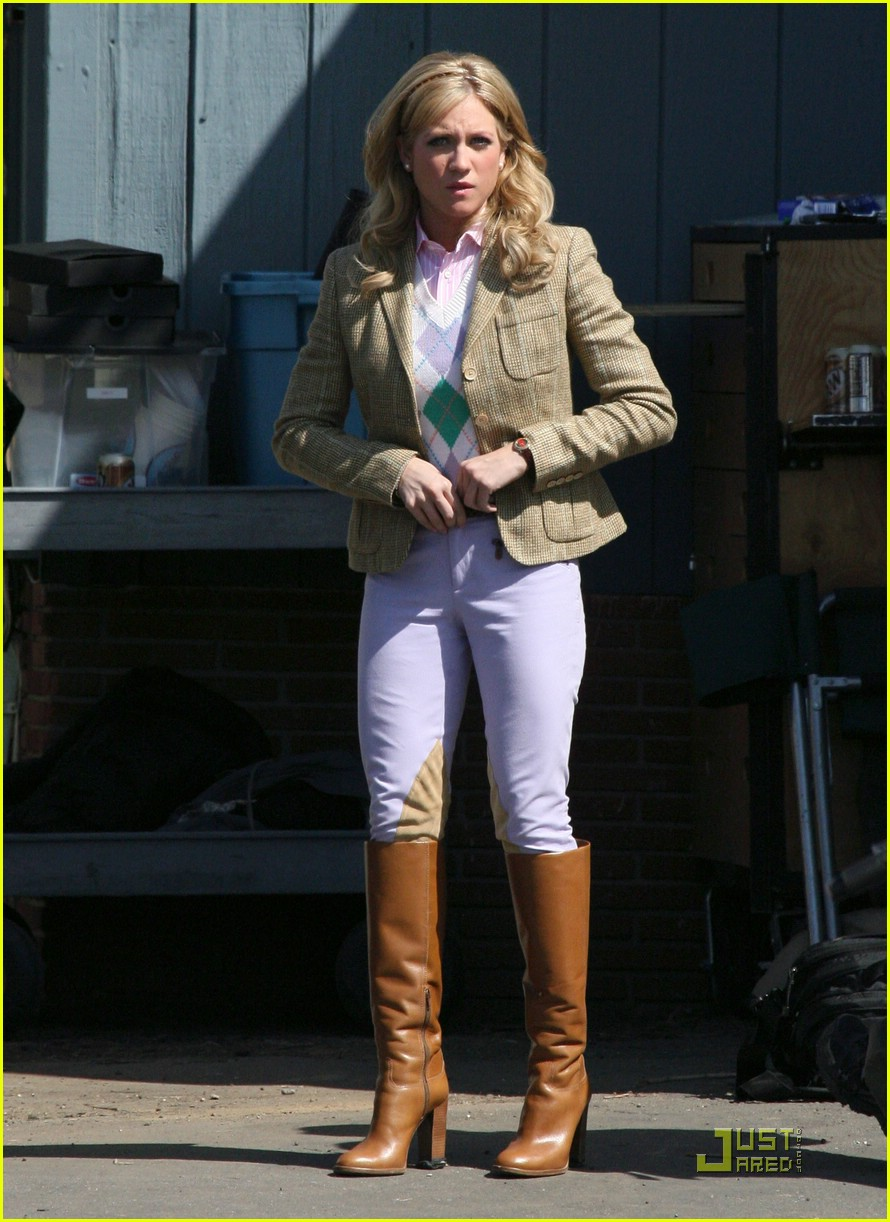 brittany snow as lily rhodes first look photo 1782851