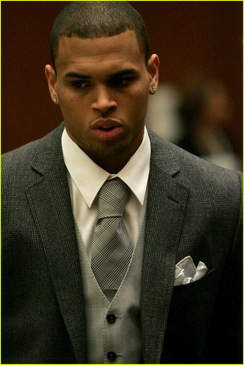 chris brown court 081771851