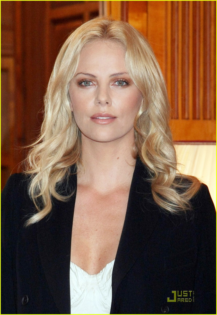 charlize theron burning plain 241767121