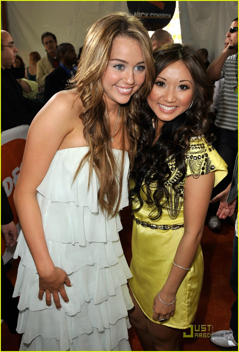 miley cyrus 2009 kids choice awards 04
