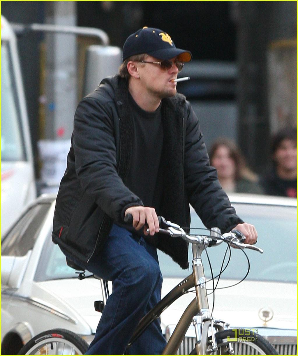 Leonardo Dicaprio Is A Smoking Cyclist Photo 1778711