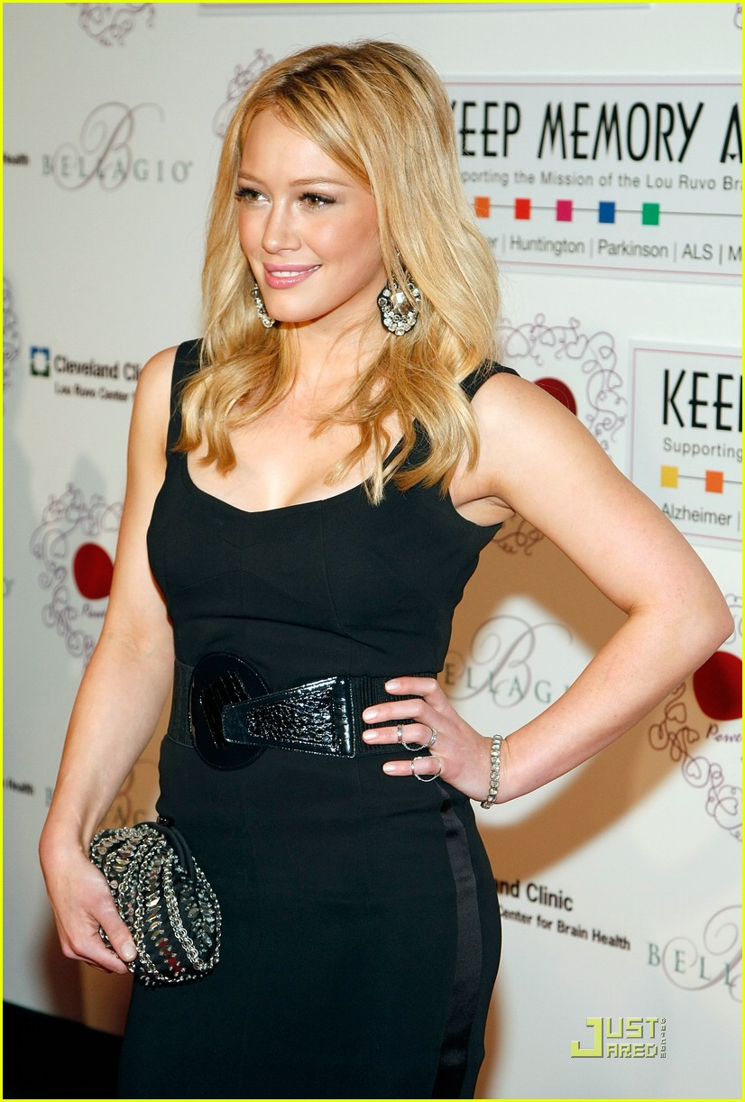 hilary duff keep the memory alive 11