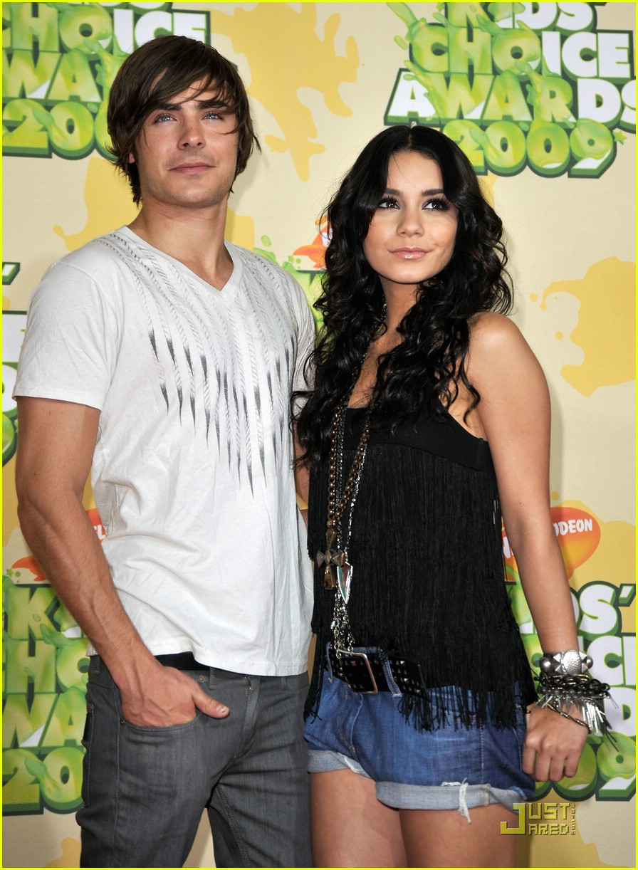 zac efron vanessa hudgens 2009 kids choice awards 171818821