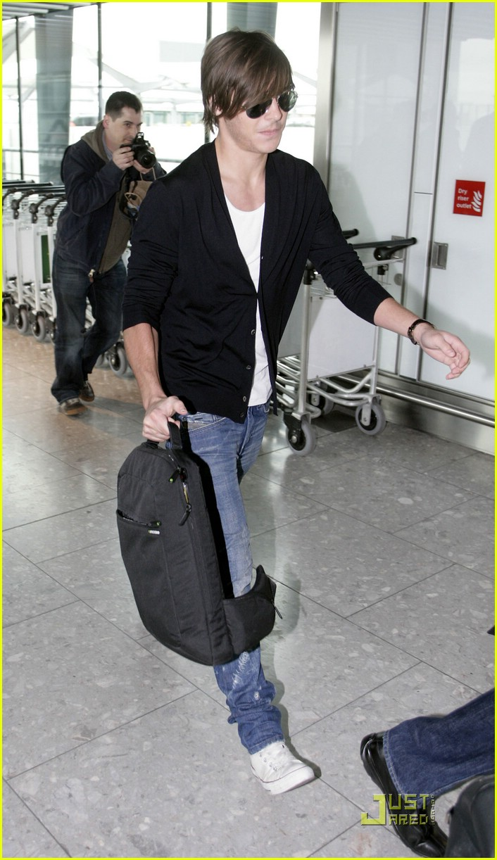 zac efron leaves london 121816131