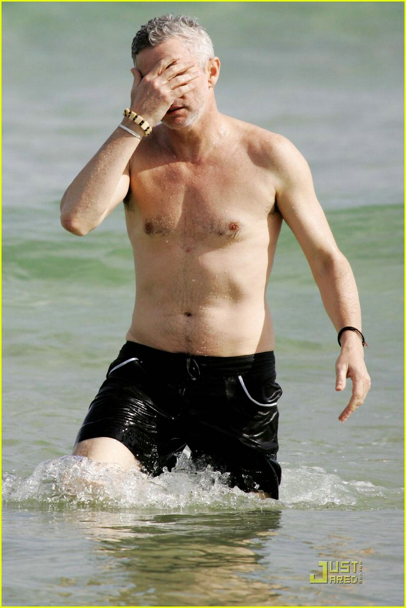baz luhrmann shirtless 051800571