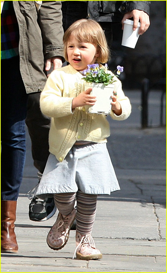 matilda ledger flower girl 08