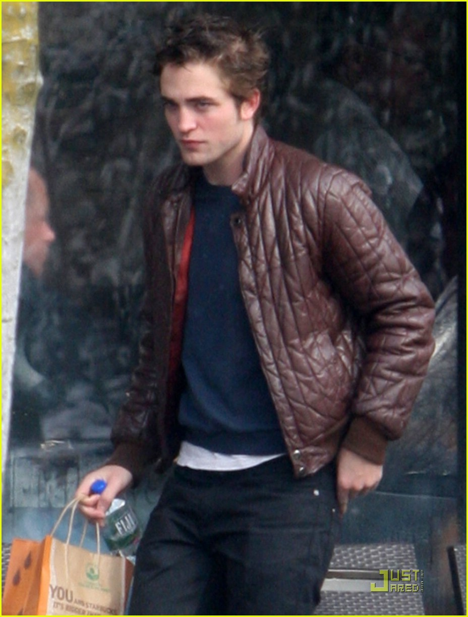 Pictures Of Robert Pattinson Smoking