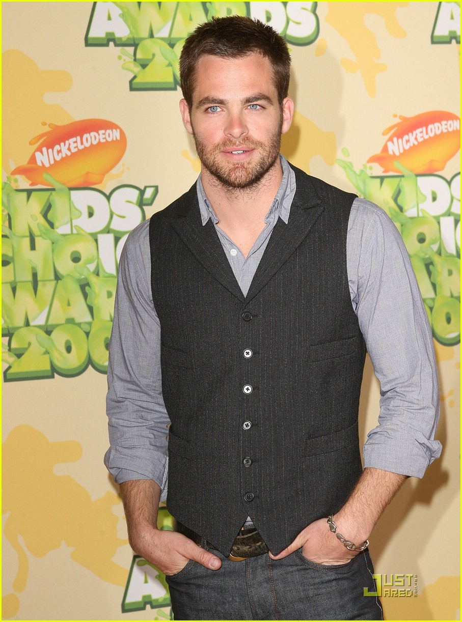 chris pine nickelodeon kids choice awards 091821561