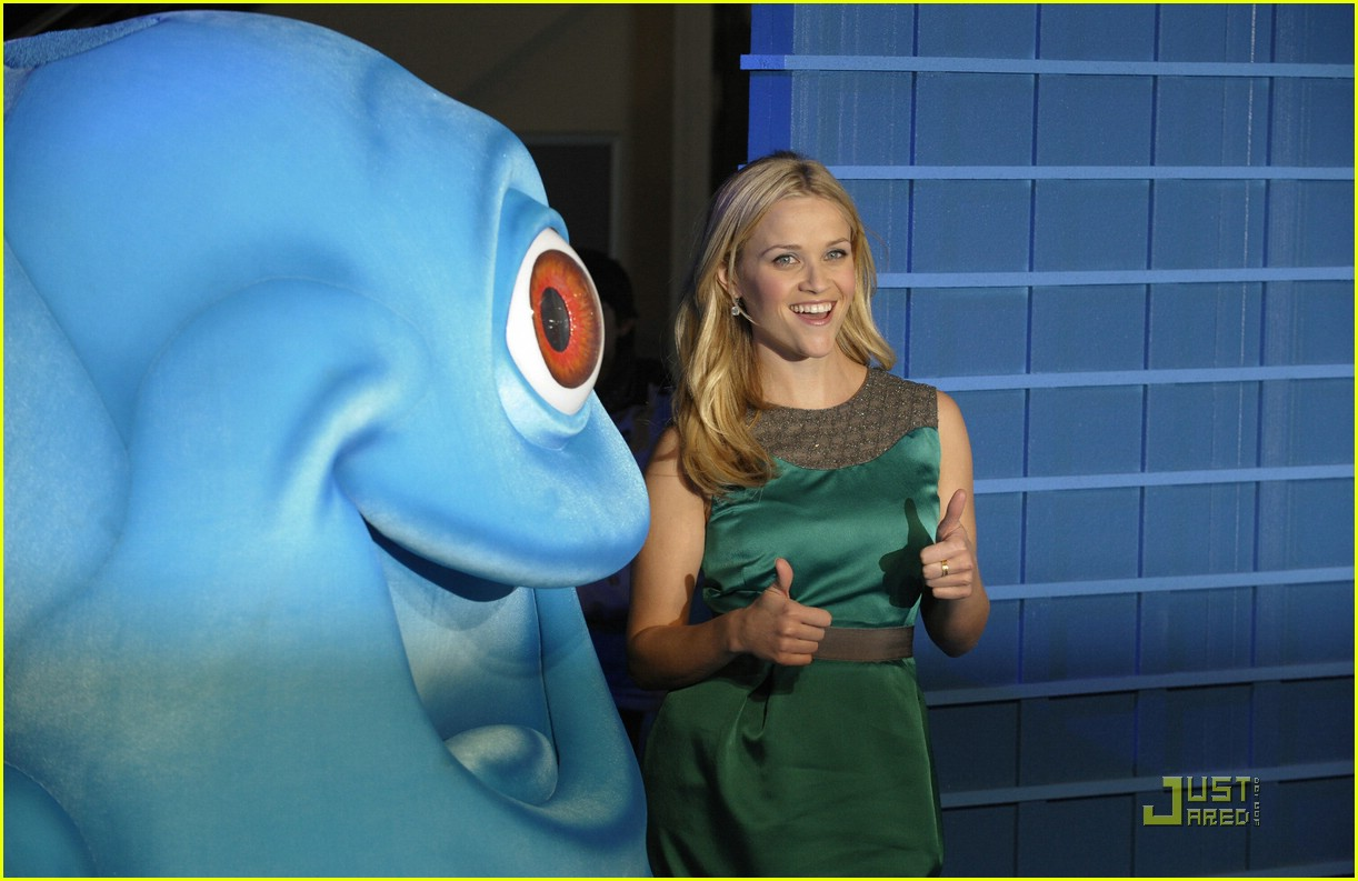 Reese Witherspoon: Monsters vs. Aliens -- Round 1! Reese Witherspoon