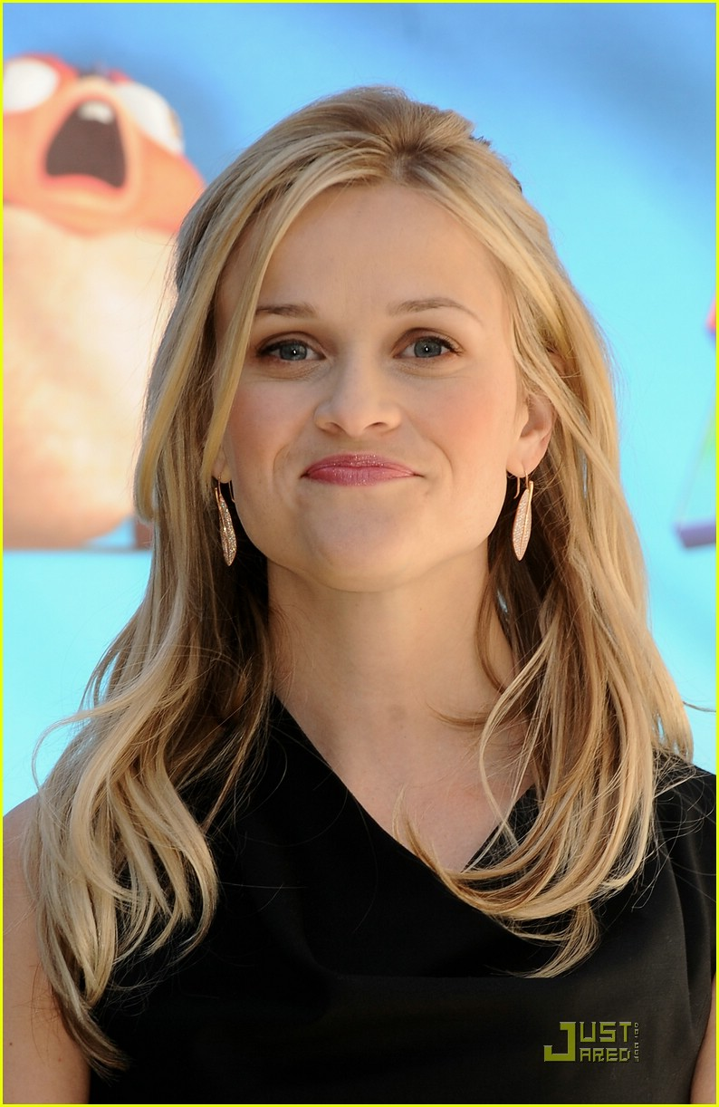 reese witherspoon spain 251785701