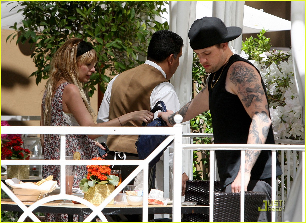 nicole richie lunch 061807451