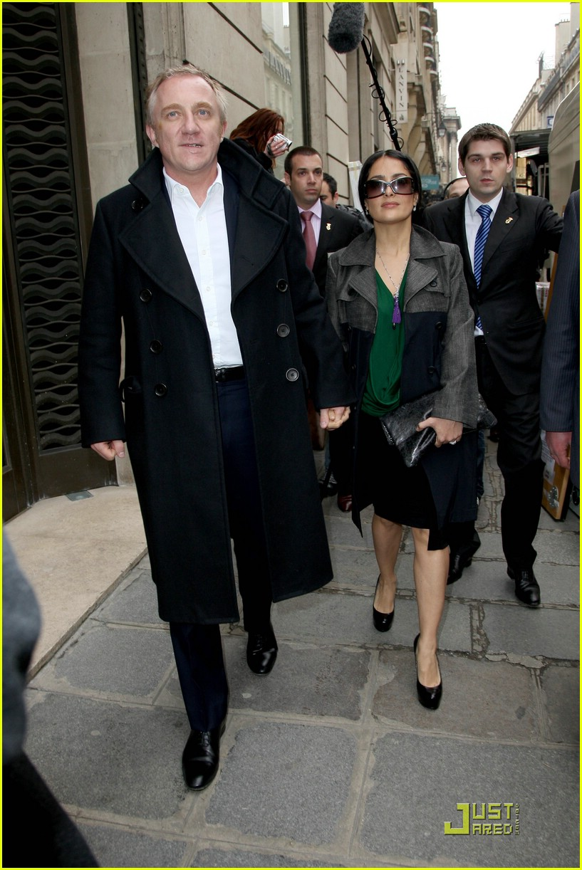 salma hayek francois henri pinault fashion week paris 051769761