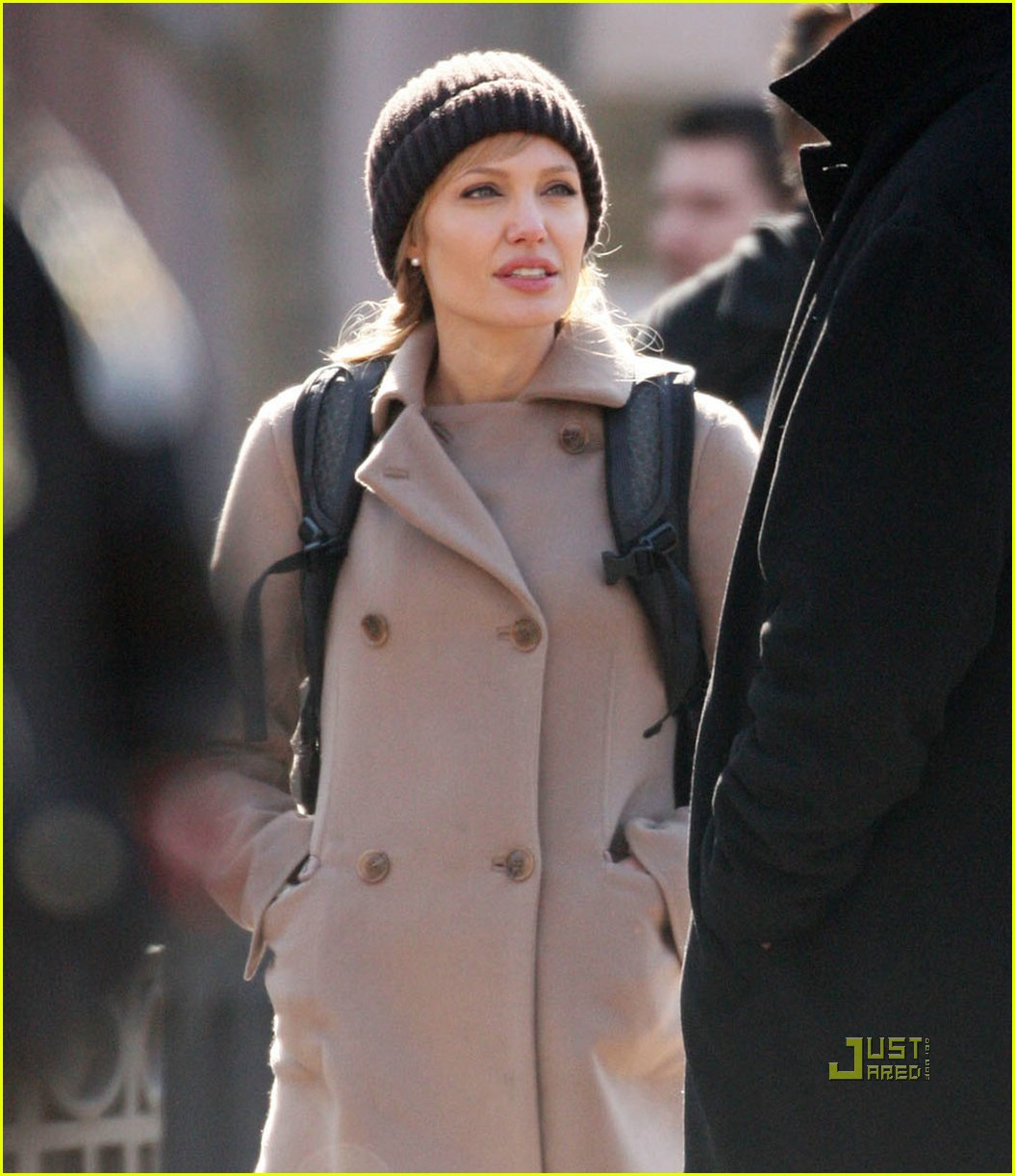 Angelina jolie first salt set pictures Interview: Angelina Jolie On What Creeped Out Brad When He