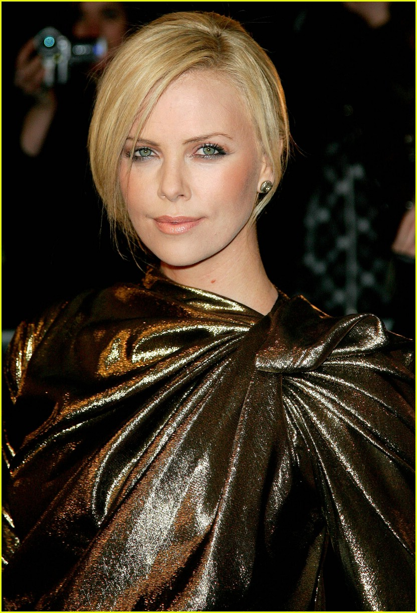 charlize theron burning plain paris 271763471
