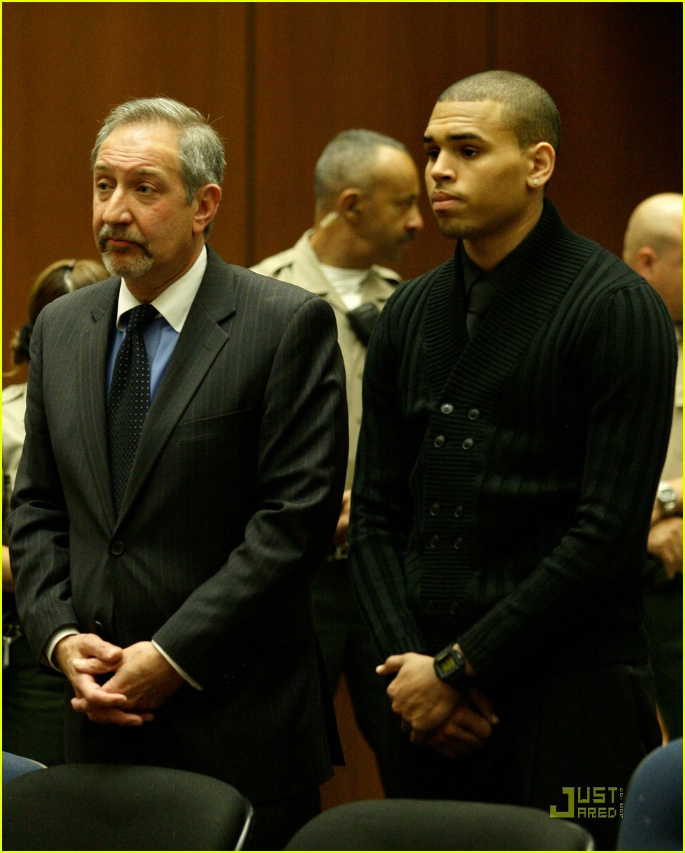 chris brown pleads not guilty 09