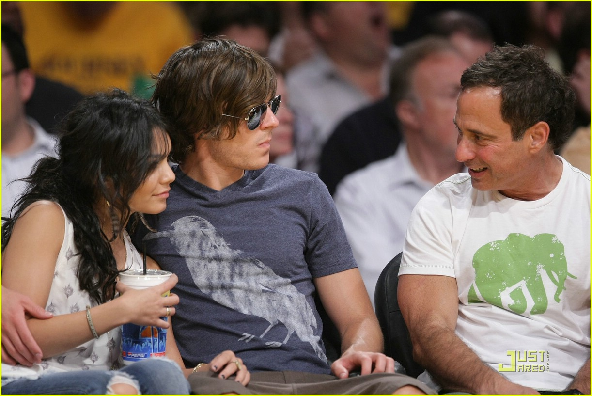 zac efron vanessa hudgens lakers 15