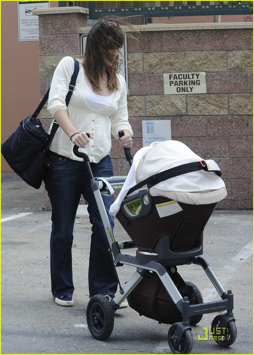 jennifer garner save the children 34