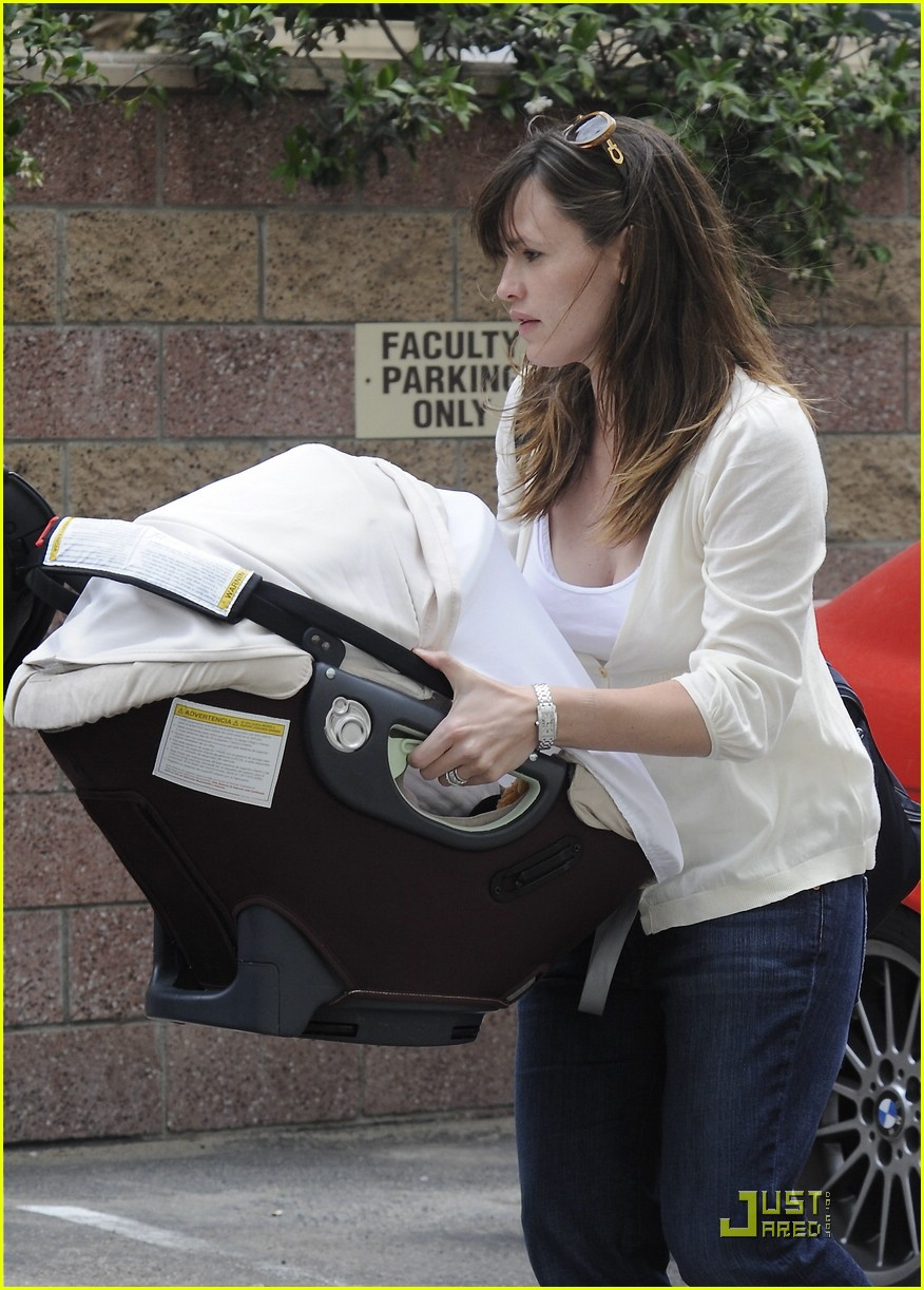 jennifer garner save the children 351857501