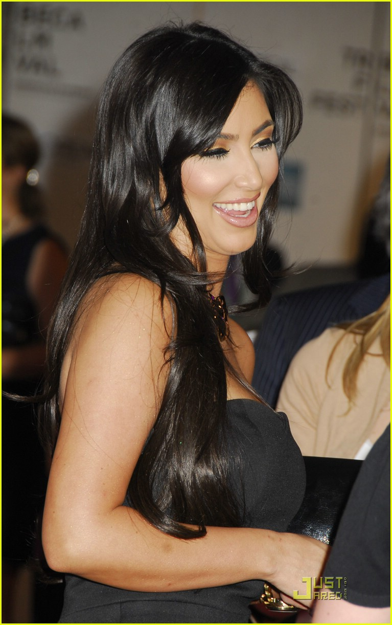 kim kardashian back black 041885131