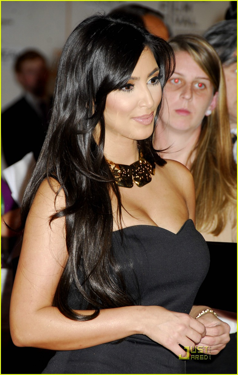 kim kardashian back black 101885191