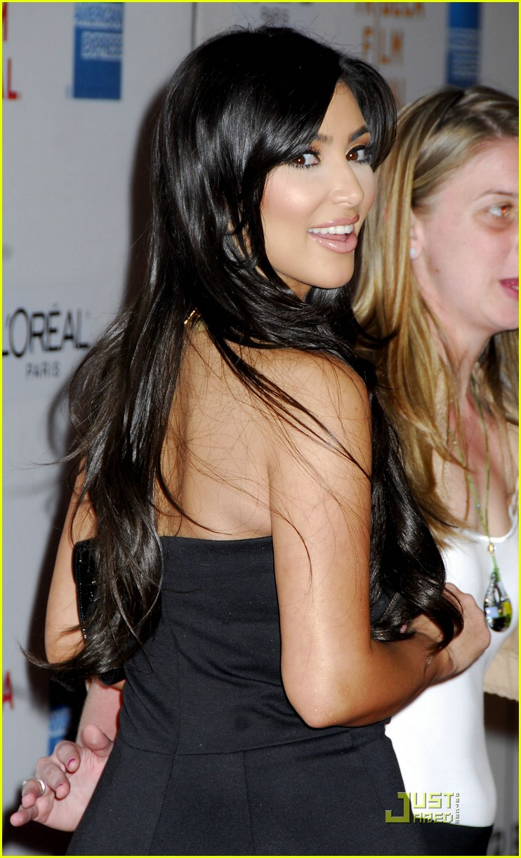 kim kardashian back black 121885211