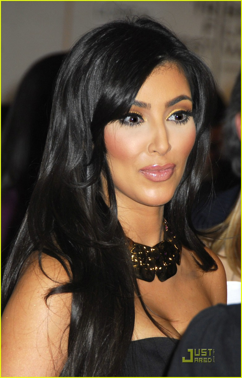 kim kardashian back black 151885241