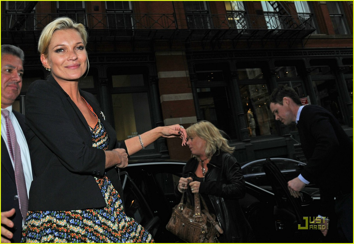 kate moss shops topshop 17