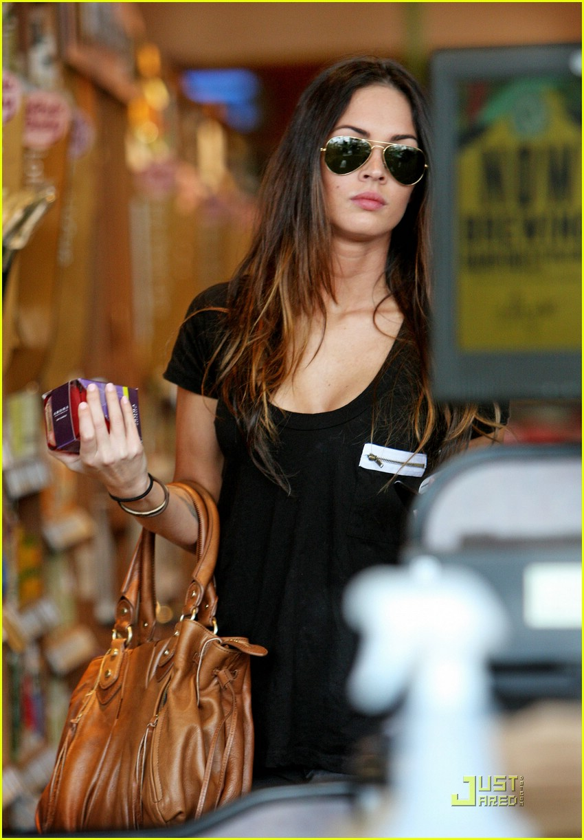 megan fox whole foods supermarket 011886931
