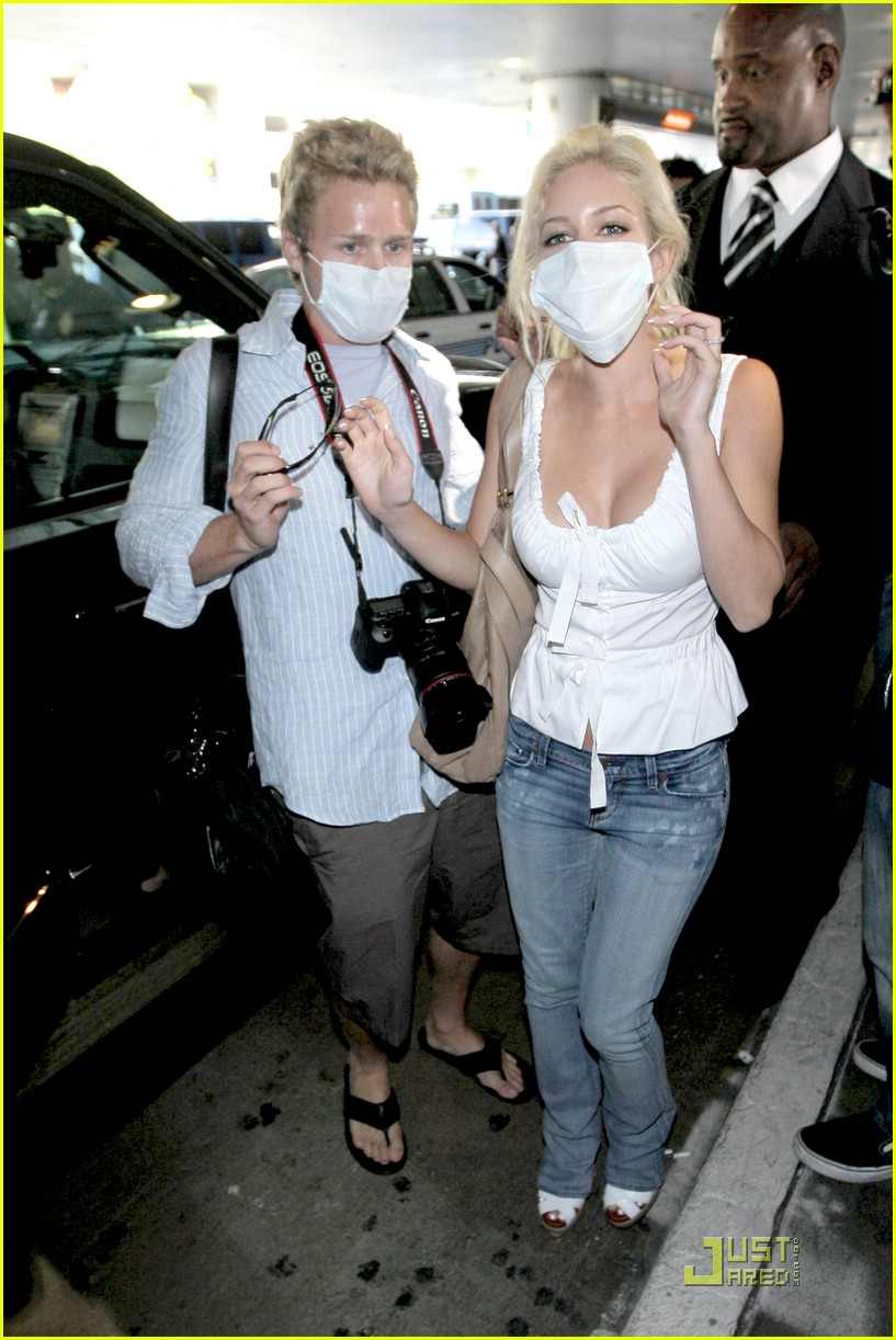 heidi montag spencer pratt swine flu masks 171889531