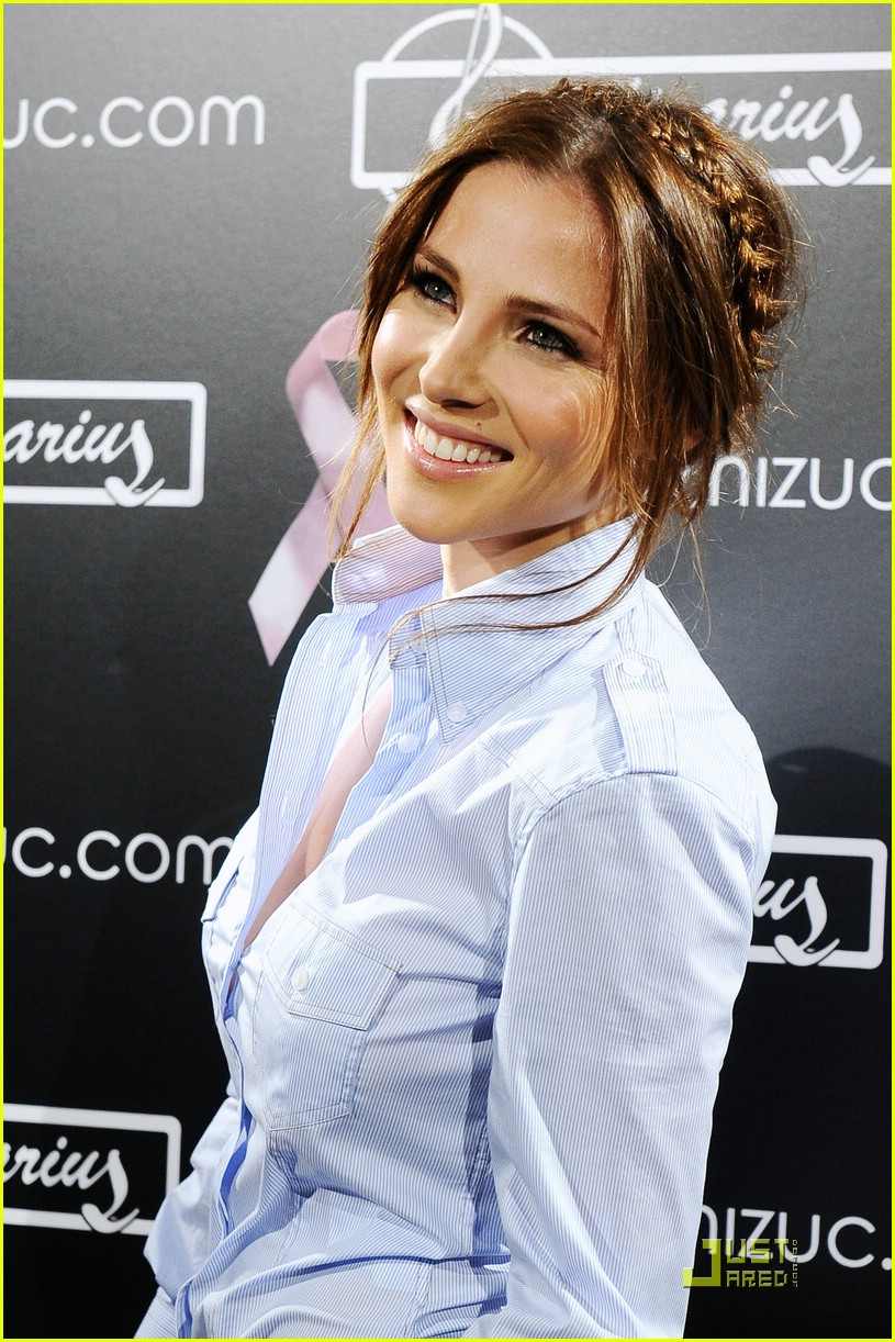 elsa pataky campaign against breast cancer 21