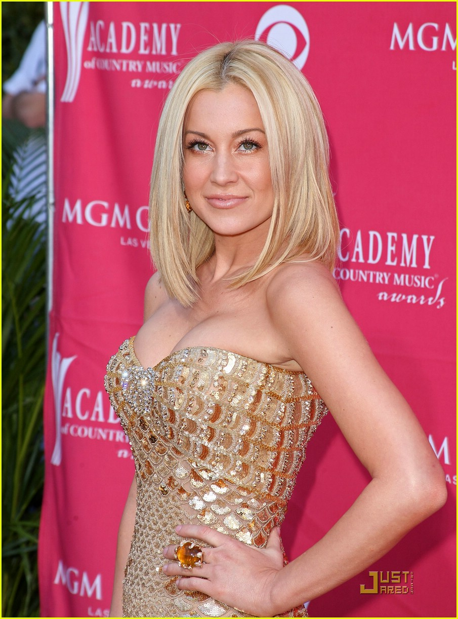 Kellie pickler acms 2009 photo 1835811 academy of country music kellie pickler acms 2009 m4hsunfo
