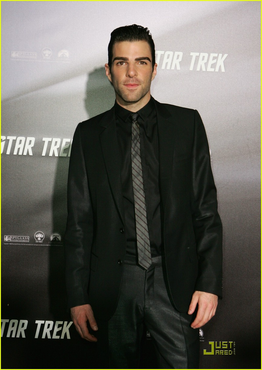 chris pine zachary quinto star trek world premiere 16