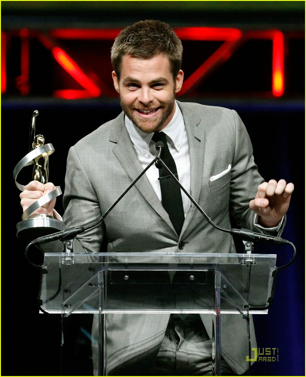 chris pine showest male star of tomorrow 10
