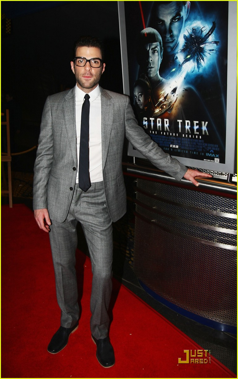chris pine zachary quinto new zealand premiere 121842871