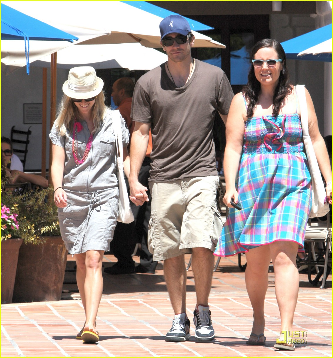 Reese Witherspoon & Jake Gyllenhaal: Coachella Couple Reese Witherspoon