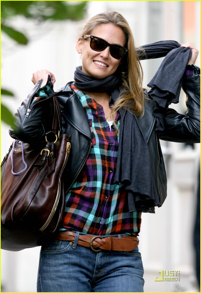 bar refaeli plaid 021890651