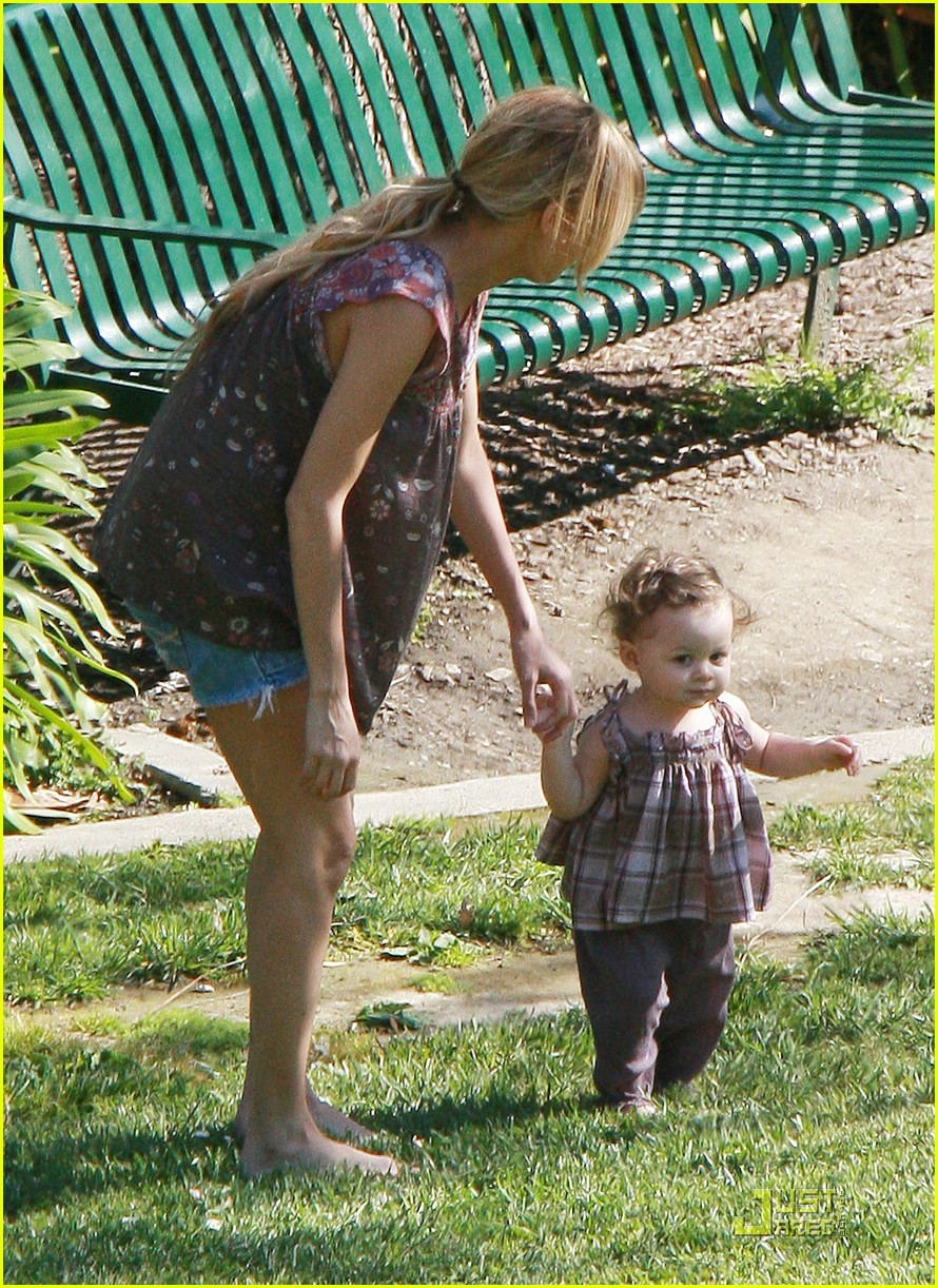 nicole richie harlow madden greystone mansion park 22