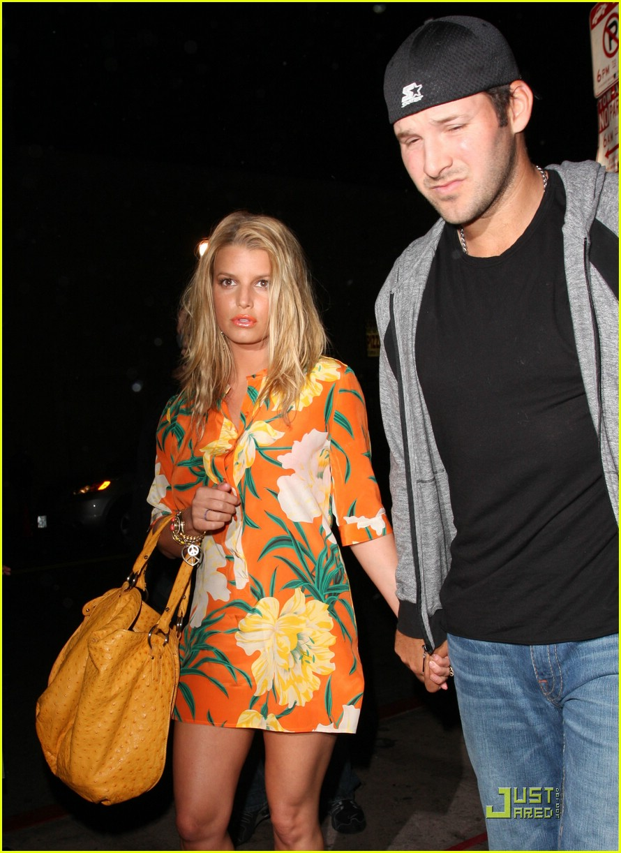 jessica simpson basks in beso 021849301