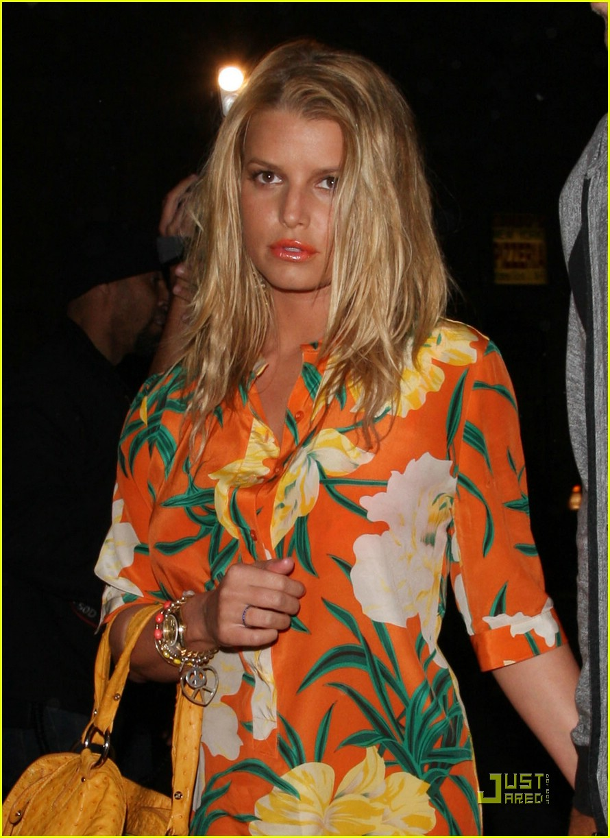 jessica simpson basks in beso 131849411