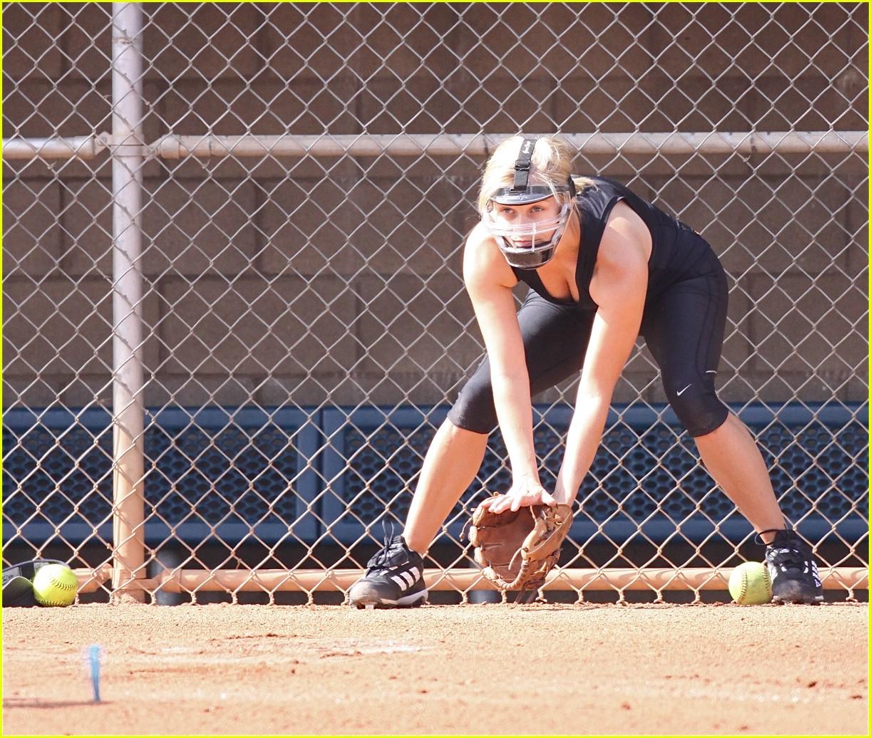 Sexy softball pics