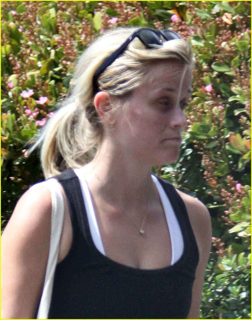 reese witherspoon workout wonder 031849631