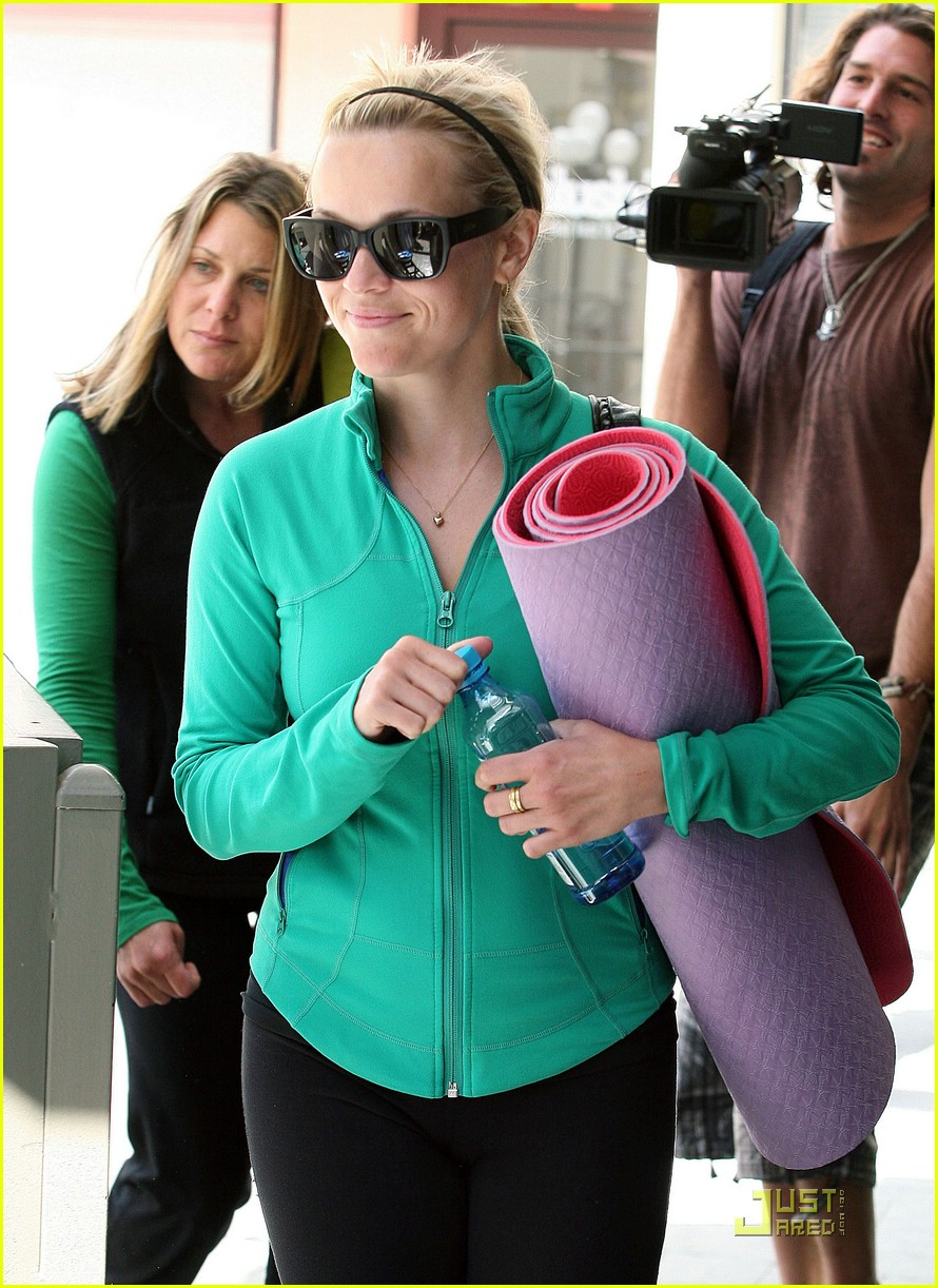 reese witherspoon maha yoga 091844351