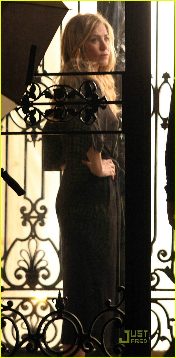 Jennifer Aniston is Back in Black Jennifer Aniston
