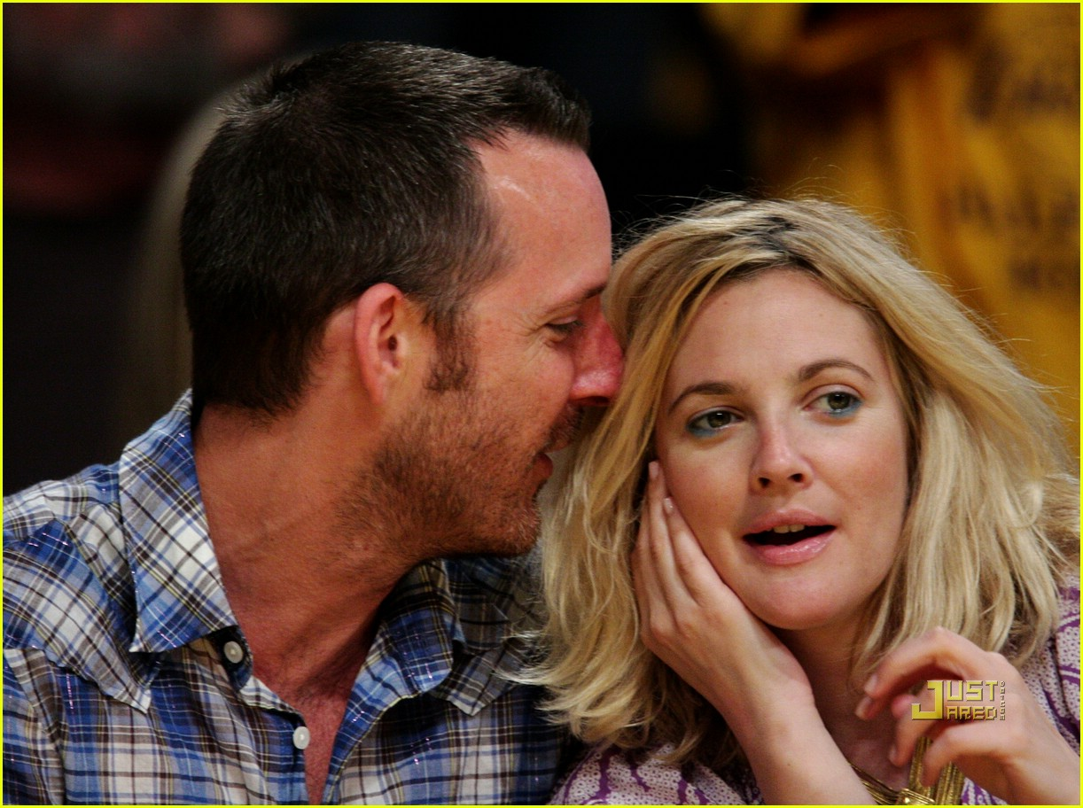 drew barrymore lakers game 011934661